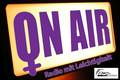 """Logo der FFS Radiosendung mit lila Schriftzug """"on air""""."""