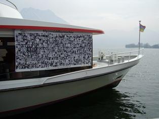 """Kleines Transparent """"frauensichtbarmachen"""" auf dem Linienschiff Posaidon."""